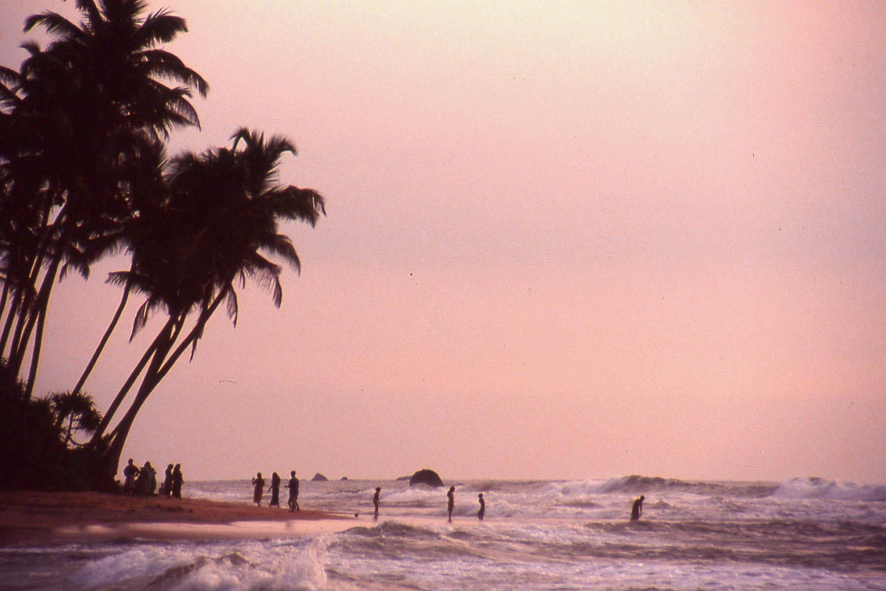 Northern beaches of Sri Lanka © JonoVernon-Powell.com