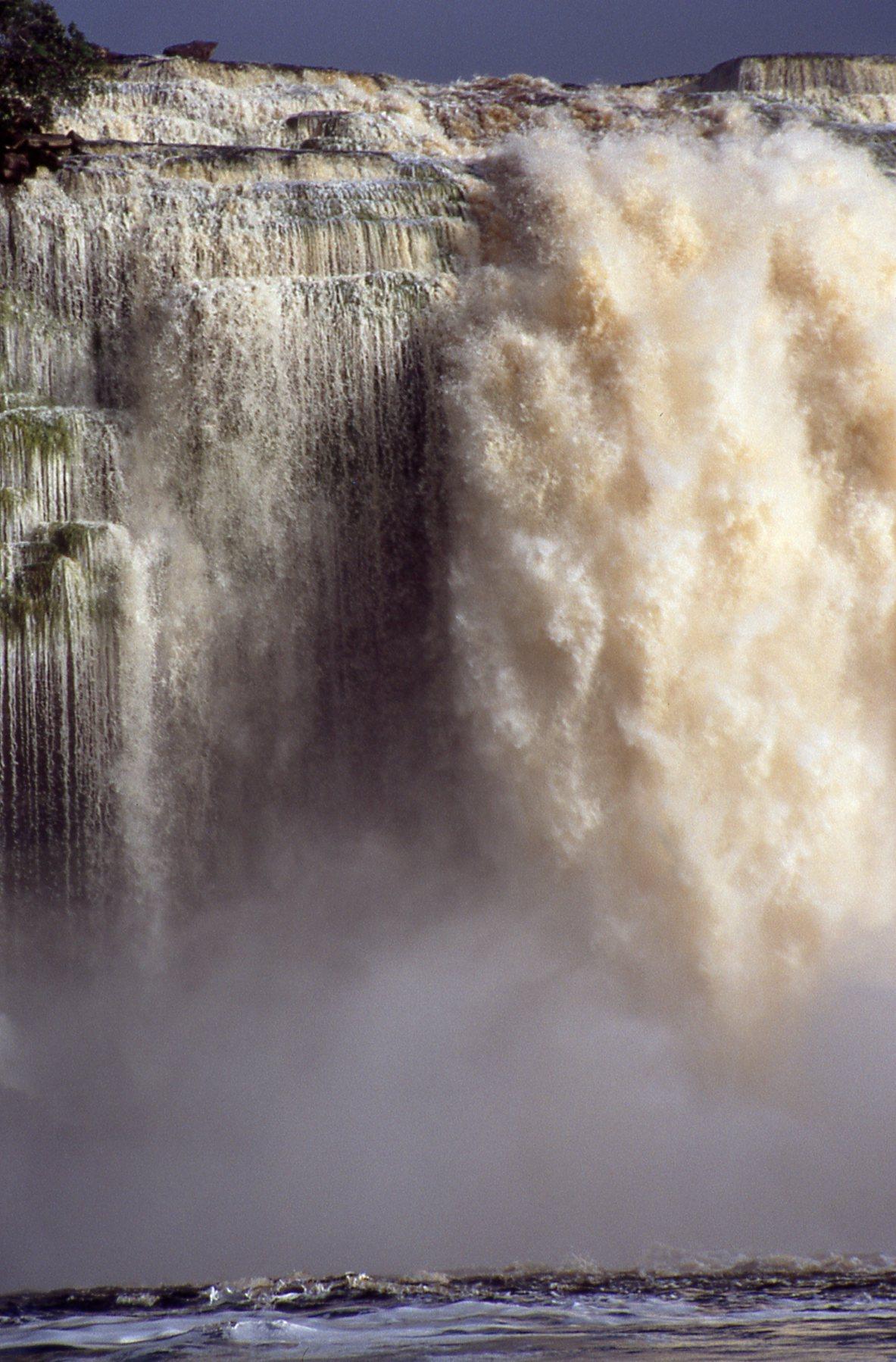 water Explosion © JonoVernon-Powell.com