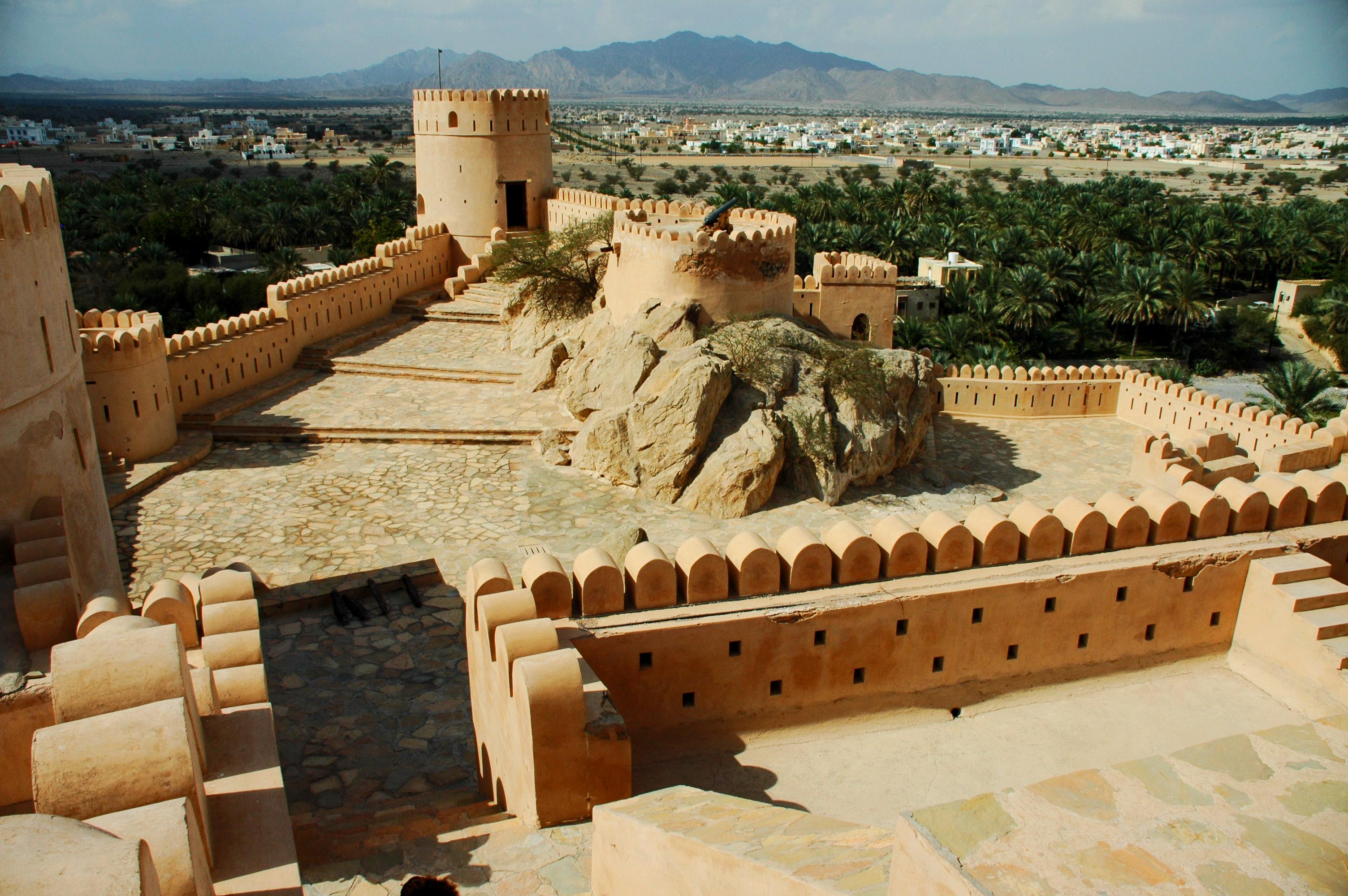 Nakhal Fort View © jonovernon-powell.com