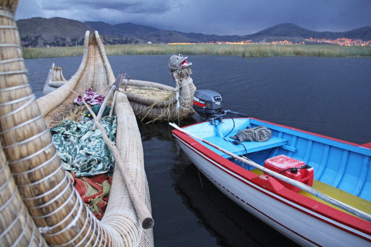 Uros Island boats © Nomadic Thoughts.com