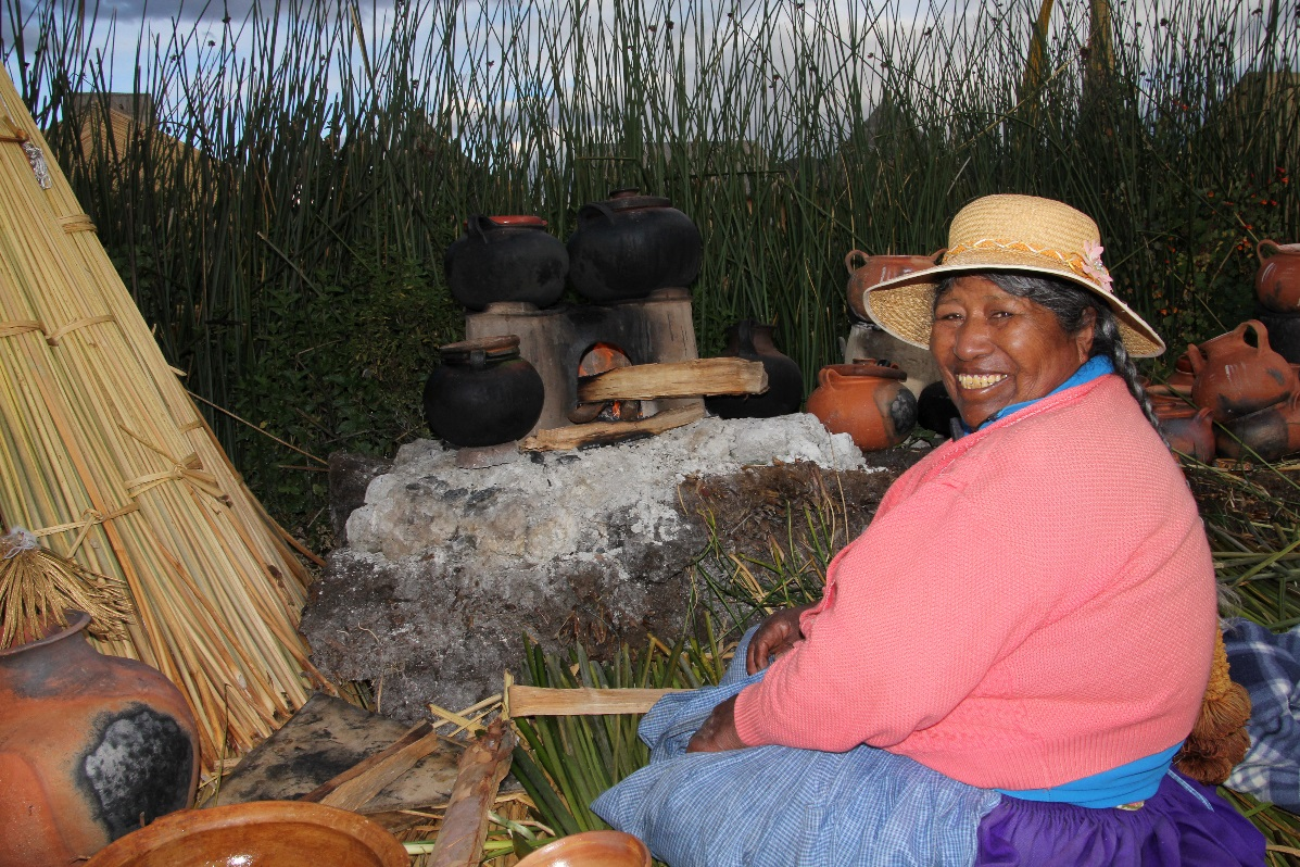 Uros Island cooking on fire © Nomadic Thoughts.com