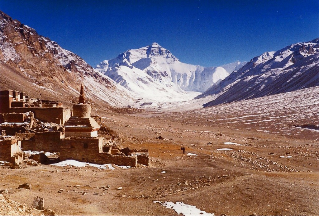 1985 Mount Everest - North Face with Rongbuk Monasery (4,980m)
