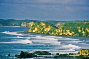 Lombok South Coast Cliffs © Nomadic Thoughts.com