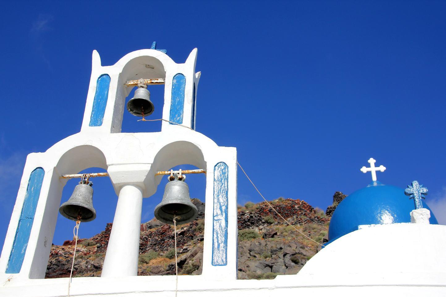 Santori Bell Tower © JonoVernon-Powell.com