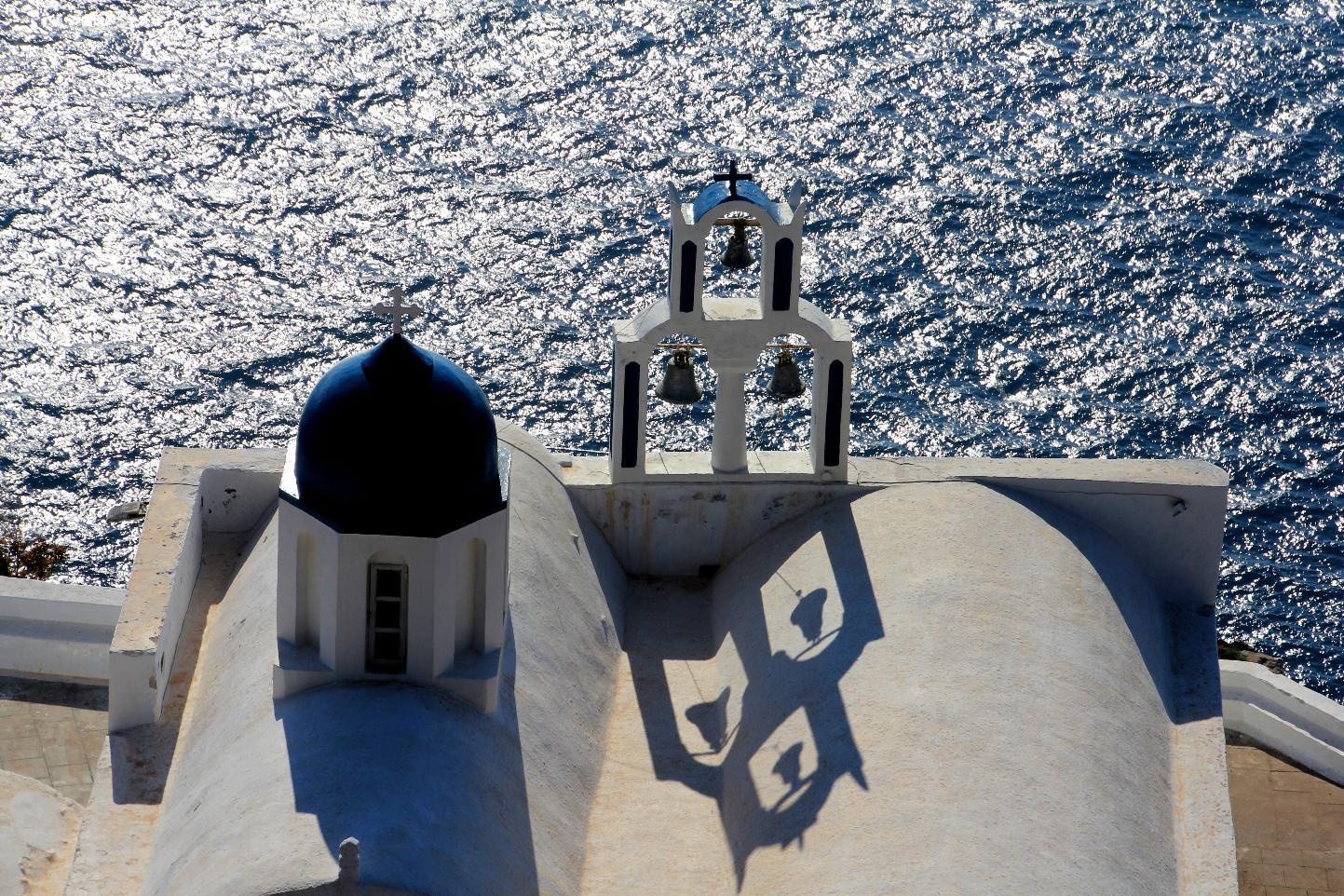 Santori Chapel © JonoVernon-P