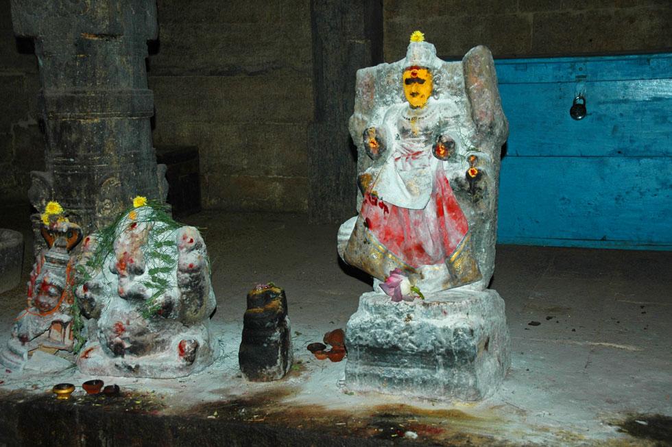 Meenakshi Amman Temple, Madurai. Tamil Nadu - South India.