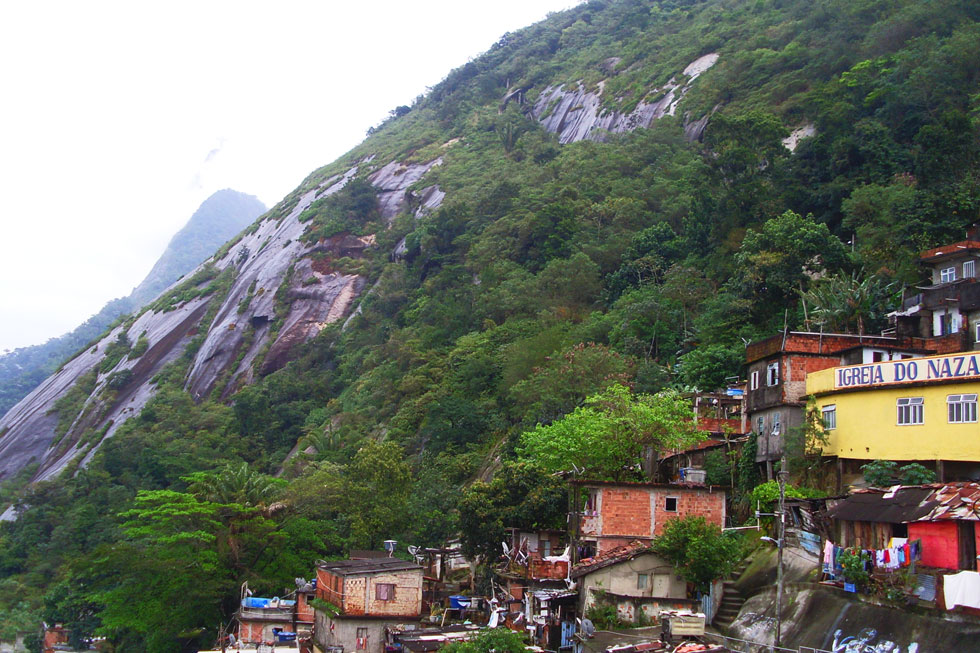 Favela-hillside-copyright-n
