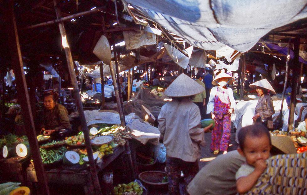 hoi-an-market-copyright-jon