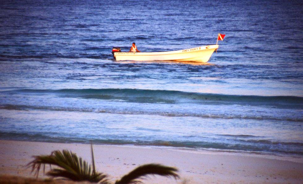 tulum-beach-boat-copyright-