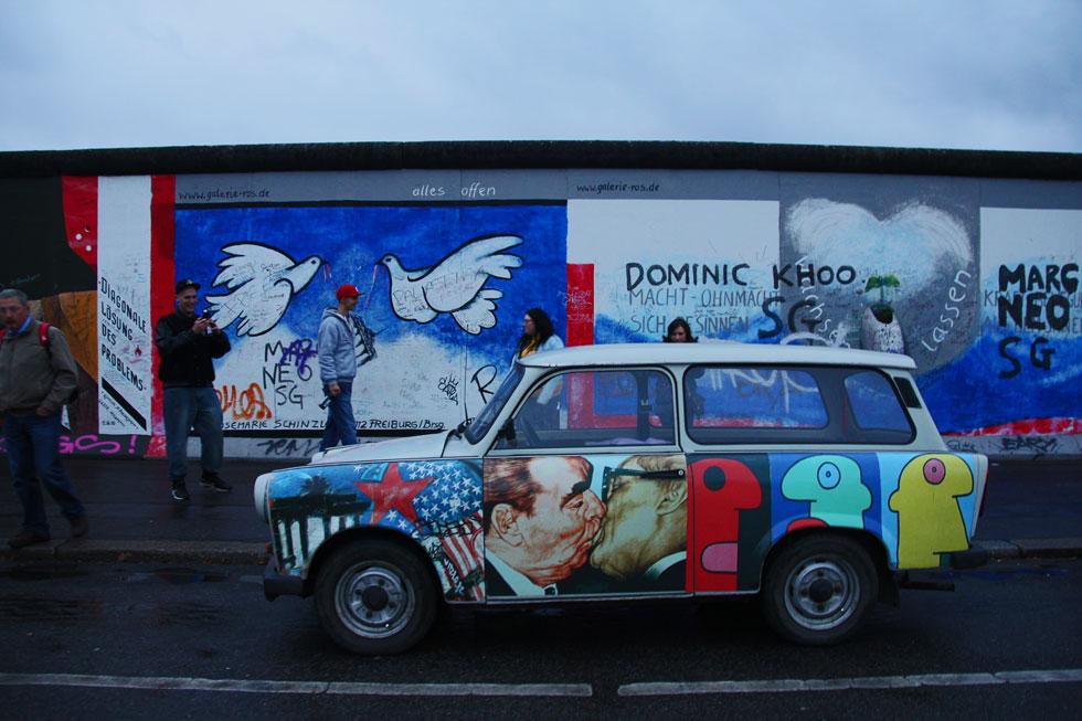 berlin-wall-copyright-jonov