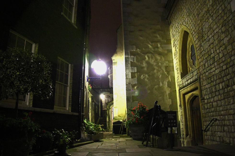 Passage behind Chapel Royal