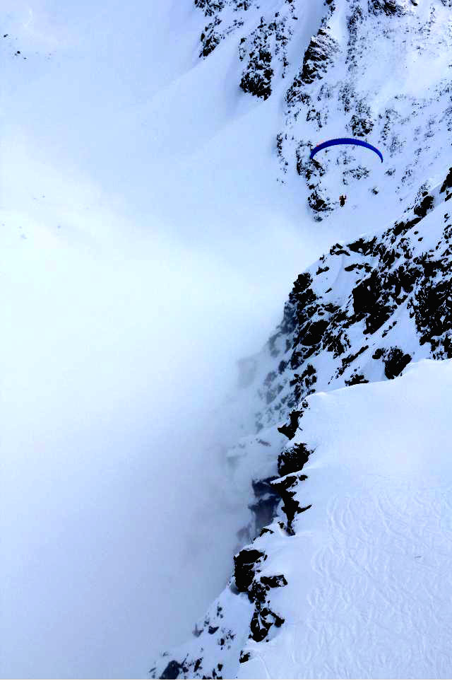 Gliding above the snow & ice © JonoVernon-Powell