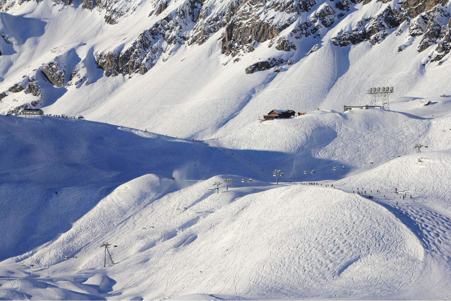 St Anton afternoon slopes © JonoVernon-Powell