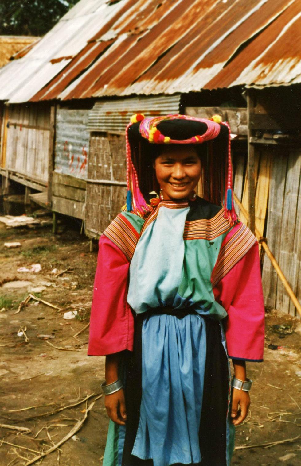lahu-lady-copyright-nomadic