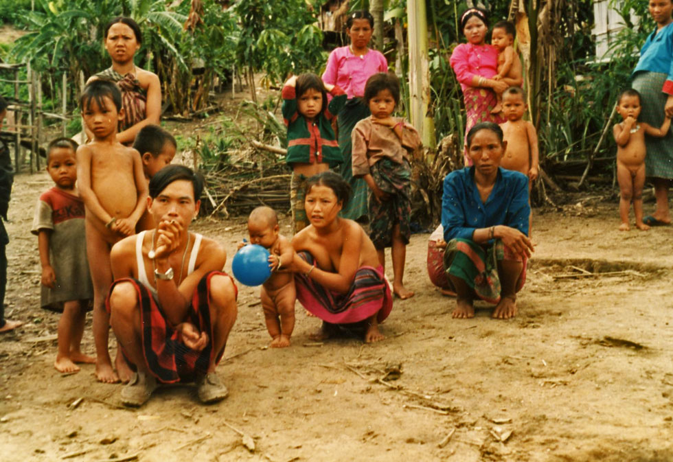 thailand-tribal-villagers-c